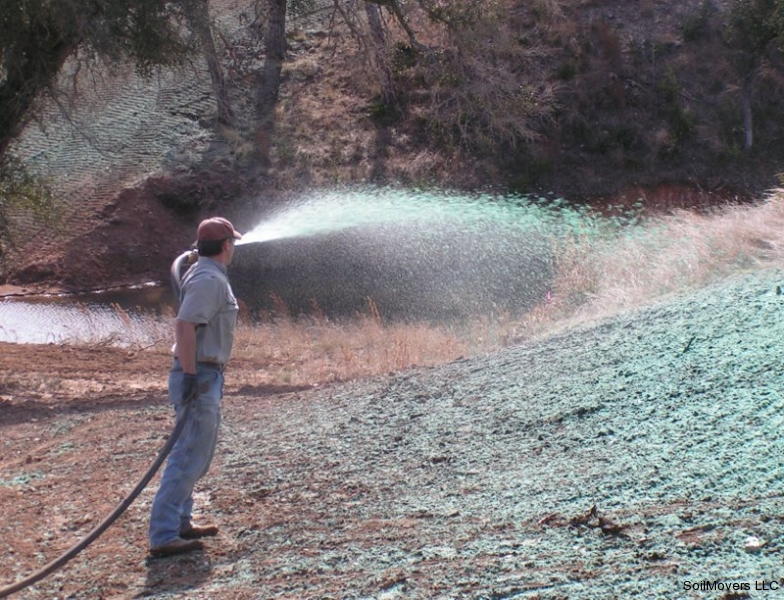 spraying hydro mulch